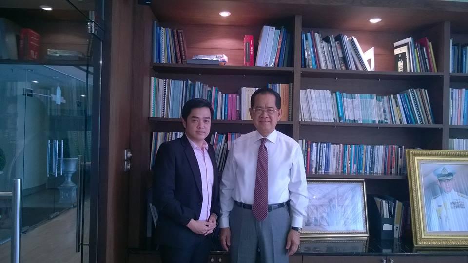 ผู้บริหาร MVP กับอดีตรัฐมนตรีว่าการกระทรวงพาณิชย์