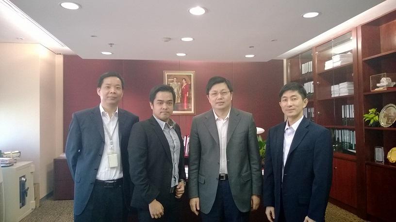 ผู้บริหาร  MVP กับ  Dr. Zhigang Li ผู้บริหาร  ICBC