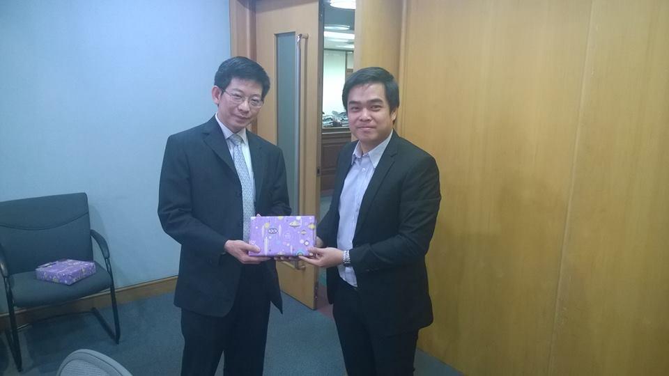 ผู้บริหาร  MVP กับ ดร. กอบศักดิ์ ภูตระกูล สุดยอดนักเศรษฐศาสตร์รุ่นใหม่ของไทย